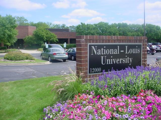 Logo National Louis University