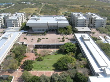 Logo Nelson Mandela University Business School
