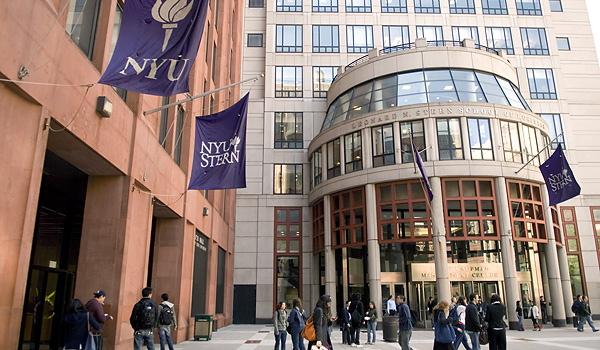 Mba Luxury Marketing Specialization New York University Nyu Stern School Of Business