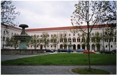 Logo LMU München - Faculty of Cultural Studies